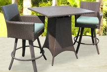 Small Space Patio Furniture / Wonderful patio furniture ideas for smaller patios or decks.
