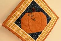 quilt potholders / by Patty Hanssens