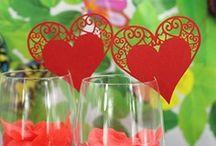 marque place mariage coeur rouge,porte noms rouge,etiquette coeur rouge