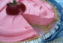 Desserts / by Tasha Abrahamson (Nolan)