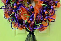 deco mesh, garlands and wreaths / by Haile Freeman