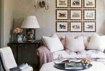Family Room /ottoman/coffee table