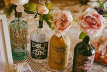 Bottles at Weddings | Decor Ideas / You can use bottles in lots of lovely ways for your wedding decorations and details. From centrepieces to venue decor, discover our favourite ideas.