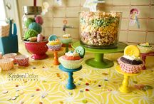 DIY: Cake Stands/Serving Pieces. / by Tamela Barnett