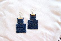Trouky's crocheted earrings / Earrings made of crocheted wire, with semiprecious stones.