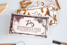 Ceramic design / Logo and business cards for sculpture studio Zbigniew Blajerski. Business cards are made ​​of hand imprinting and glazed ceramics. Designed by Danuta Raczkowska. Handmade by Zbigniew Blajerski.