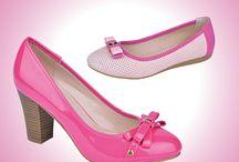 Güzel Anneler ve Tatlı Miniklere Şahane Ayakkabılar