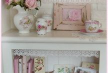 Shabby chic  / All things shabby and chic  / by Danella Watkins