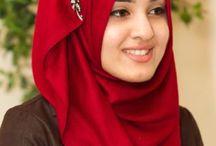 Hijab Accessorising