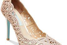 Туфли на каблуках