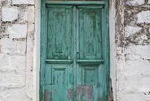 Knock knock / Doors and windows