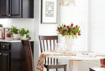 Kitchen / by Jeanine Scratch-Ressler