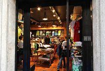 wp2 OUTLET / Nel nostro Outlet situato nel Centro Storico di Roma troverete troverete l' abbigliamento Streetwear , le attrezzature tecniche e gli accessori delle passate stagioni con sconti dal 30% al 70%.