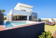Gallery Luxe / Gallery Luxe Luxury Holiday Home Accommodation
