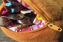 Coin Purse. Mrs. & Mr. Bread Slice plush coin purse. / 11X11 cm plush coin purse.