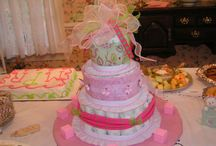 Tablescapes/Flower Arrangements / by Beverly Graham