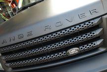 Range Rover Sport integral Negro Brillante a Negro Mate - Car Wrapping by Pronto Rotulo since 1993 / Range Rover Sport SuperCharged (bruto aparato), de color Negro Brillante vinilado integral a Negro Mate con materiales Wrap alta duración de MacTac. Además tiene pintados detalles en vinilo líquido CROWN DIP también Negro Mate en llantas + parrilla + difusores + logos embellecedores. +  info en http://www.prontorotulo.com/ + info en https://www.facebook.com/prontorotulo + info en https://www.twitter.com/prontorotulo + info en https://www.youtube.com/prontorotulo  / by Pronto Rotulo