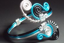 Colored ring / Vire