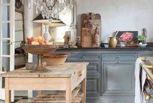 kitchen island / by Yolanda Yamamoto