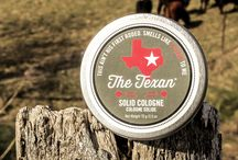 The Texan / The Texan boasts a manly base, notes of tobacco, followed with a heart of exotic spices, crowned by hints of fresh-cut cactus.
