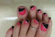 Nails / by Yaritza Lauderdale