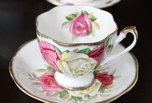 Vintage tea cups and saucers, antique china,collectibles / Vintage collection of bone china tea cups and saucers, antique china, collectibles
