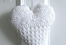 corações em crochê