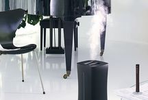 Eva the humidifier / - Precise humidification thanks to an external humidity sensor - Elevated mist outlet of up to 1.4 m allows direct placement on floor - Selectable warm or cold mist