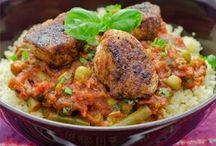 Internationale Gerichte / Rezepte und Ideen für Gerichte aus aller Welt bereichern den täglichen Speiseplan und sorgen für Abwechslung auf dem Teller.