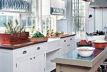 Beautiful kitchens / by Delmy