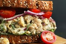 AMAZING Chickpea Sunflower Sandwich - Savory, a mix of crunchy and soft textures, and SO delicious! #vegan #glutenfree #healthy