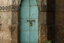 Entryways / by Jennifer Leible
