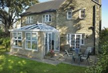 Orangery / For those who want light and space but with a difference, then the Orangery range from Ultraframe is it. The Orangery is a new take on the traditional atrium-style conservatory, brought up to date with the very latest technology from Ultraframe.