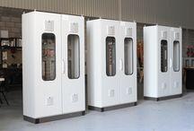 Ensamble de Tableros / En MELCSA, contamos con instalaciones equipo y personal capacitado para el ensamble de tableros eléctricos.   Algunos de los procesos de ensamble son:  -Automatización de sistemas de control. -Remplazo de equipo obsoleto. -Integración de sistemas. -Incremento de capacidad en líneas de producción.