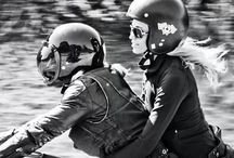 Women&Motocycles / WOMEN RIDING MOTORCYCLES. TRAVELING ON A MOTORCYCLE