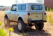 scouts,jeeps,fjs,boncos / Older short wheel base vehicles