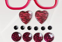 """Wild At Heart / Bring out the wild in you!  This kit includes: Hot pink frames (5.25"""" x 1.5""""), 2 pink/black zebra hearts, 6 black circles, 4 pink leopard circles, 4 silver circles"""