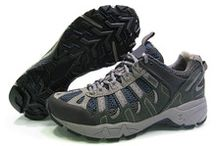 Hiking Shoes / Best Hiking Shoes with great price and free shipppin