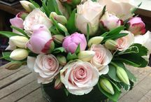 Low and Lush Flower Arrangements / Low and lush