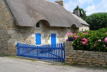 Traditional buildings in Brittany / It is not just Brittany itself that I love but I ADORE their traditional houses