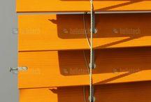 Dřevěné žaluzie / Dřevěné žaluzie jsou vyráběny tradiční metodou s důrazem na preciznost a detail. Pro výrobu jsou použity jenom ty nejexluzivnější masivní dřeviny jako BassWood, Ramin, Cedr nebo Mahagon