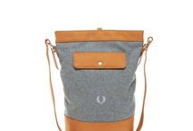 Bags & Purses / by Emma Moreno