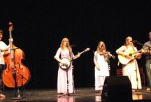 Mountain View Music / Mountain View is saturated with acoustic music, and good music!
