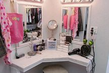 corner dressing table