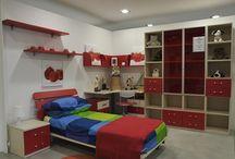 Camerette / Casa Tua Arredamenti ti aiuta nella scelta delle migliori soluzioni per arredare ogni ambiente della tua casa. Possiamo formulare soluzioni d'arredo personalizzate per la cucina, il soggiorno, il salotto, la camera e la cameretta, il bagno.