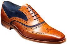 Shoe  barker