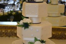 Novelty Wedding Cakes / Fun and Unusual Cakes for Weddings