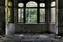 Abandonment Issues / Abandoned buildings  / by Samantha Hollingshead