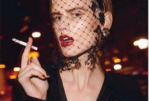 Flapper 20s makeup & hair