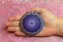 Фиолетово-чёрный